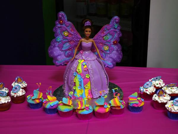 Barbie Cake & Cupcakes