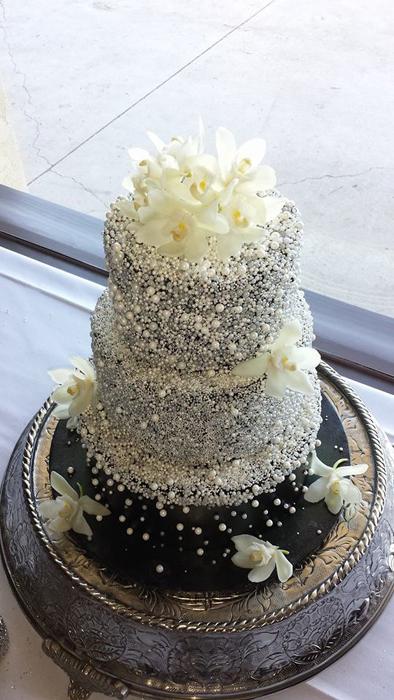 3 Tier Fondant Pearl Cake