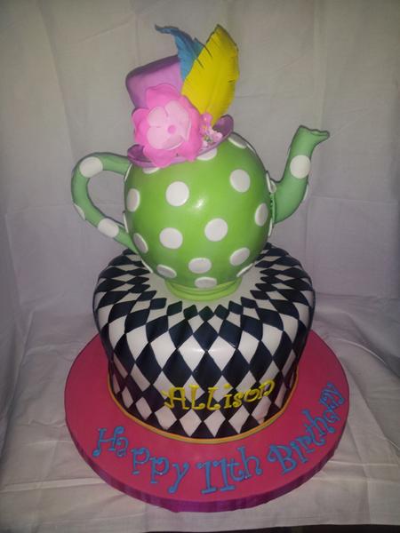 3D Teapot Madhatter Cake