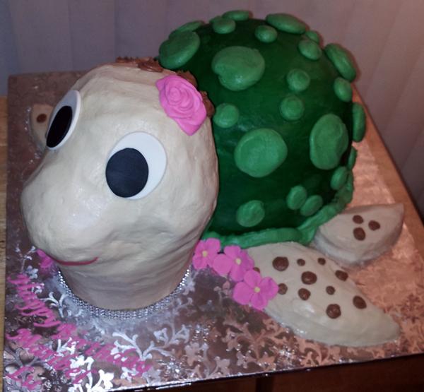 3D Buttercream Turtle Cake