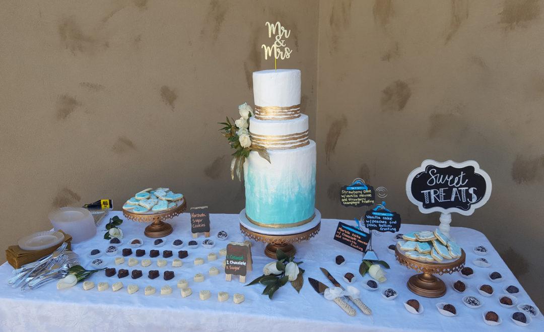 Whipcream Cake & Dessert Table